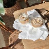 🧊Et si on commençait la semaine avec un ice coffee Villars ! Et toi, quel est ton rituel du lundi ? Notre assortiment de café Villars en grains ou moulu à la boutique Villars ou en ligne sous :  https://bit.ly/2UV3OZy . 🧊Und wie wäre es mit einem Start in die Woche mit einem Villars-Eiskaffee! Was ist dein Ritual am Montag? Unser Angebot an Villars Bohnenkaffee oder gemahlenen Kaffee ist in der Villars Boutique oder online erhältlich:  https://bit.ly/2UV3OZy .  #chocolatvillars#villarsmoment#icecoffee#café#coffee#fribourg#suisse#switzerland#pause#takeabreak#mondays#lundi#biencommencerlasemaine